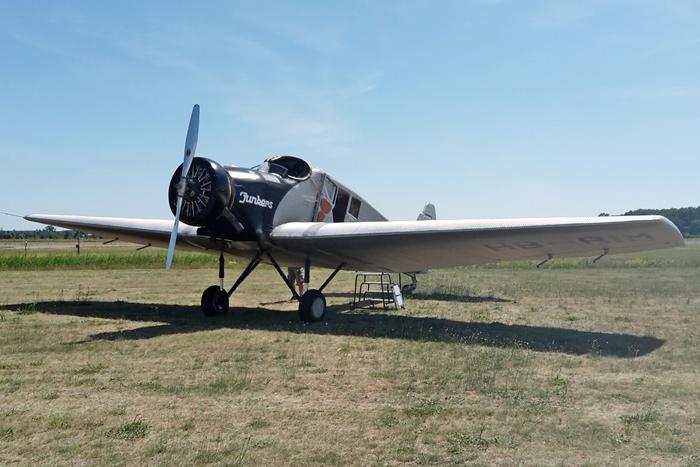 Der erste flugfähige Nachbau eine F13